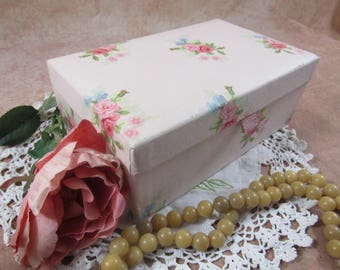 Vintage Fabric Covered Jewelry Box Floral Fabric Gift for Her Storage Box Jewelry Holder Mirrored Box Vanity