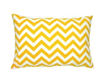 Pillowcase CHEVRON yellow white striped 40 x 60 cm canvas optics zigzag