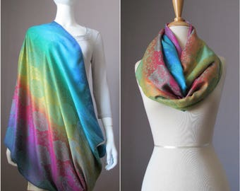 Nursing cover, nursing scarf, infinity scarf, paisley scarf, wide scarf, breastfeeding scarf