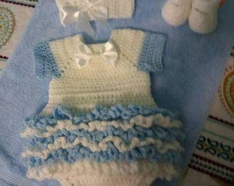 Crochet white and blue super ruffled romper set, comes with a crown and shoes, perfect for Easter