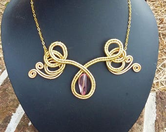 Angelwings Gold with Pink Glasbead Necklace