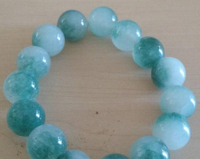 Retrocon Sale - Green Jade Bead Bracelet
