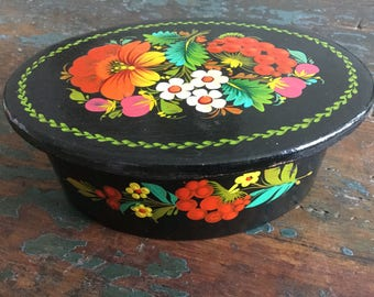 Wooden trinket box, floral box, handpainted oval box, jewelry box, vintage box, wooden box, handpainted box