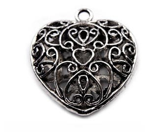 Blackened silver baroque heart 30 x 30 mm pendant charm