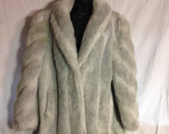 V012 Faux fur grey womens jacket, 27 lengh, shawl collar, front slit pockets, chest 44 size XL