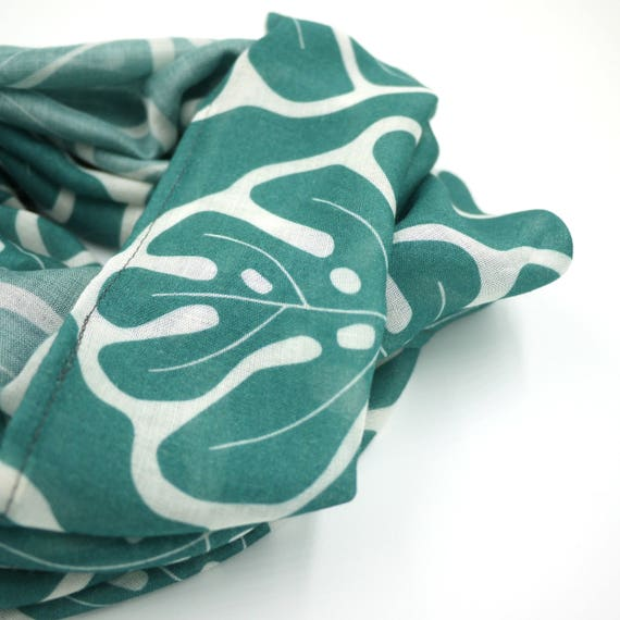 "Green and white ring wool viscose scarf ""monstera"", Tropical infinity scarf"