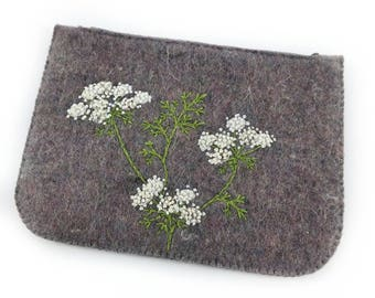 Zipped purse, coin purse, felt purse, large zip purse, cow parsley, money wallet, embroidered purse, gift for her, birthday gift, handmade