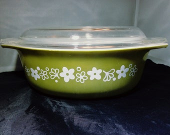 Pyrex Avocado Green Crazy Daisy Spring Blossom 2 Quart Covered Casserole 1970's Excellent Condition!