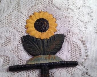 On Sale Cast Iron Sunflower Antique Primitive Folk Art Metal Rustic Farmhouse Kitchen Decor