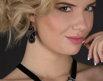 necklaces, earrings from a soutache choker velvet ribbon