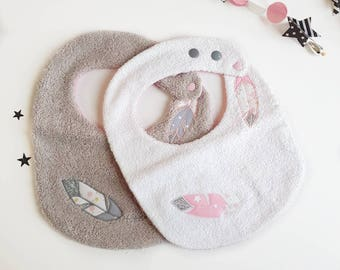 Bavoirs bébé réglables en éponge, lot de bavoirs bébé, cadeaux naissance, plumes brodées, éponge, naissance, bébé, bavoir bébé fille, rose