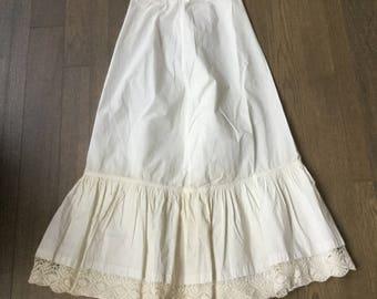 1900's Antique cotton petticoat ivory crochet lace