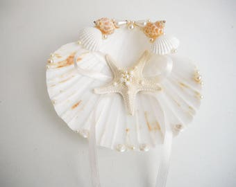 Shell ring holder, Starfish, Beach Ring Holder, Sea shell Ring Bearer, Sea Wedding, Ring Bearer, Beach Wedding, Sea Shell Ring Pillow knobby