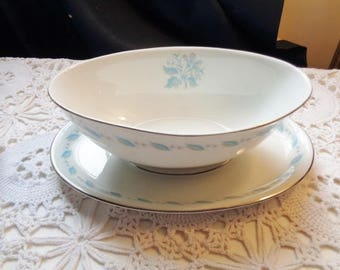 Abalone Sky Flowers China of Japan Gravy / Sauce Boat With Attached Under Plate Adorned With Light Blue Floral - Free Shipping