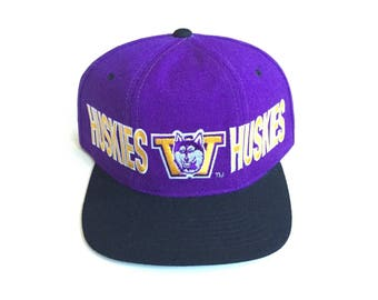90s STARTER Washington Huskies NCAA Football tri panel purple Vintage Snapback Strapback hat Adjustable strap back One Size Fits All