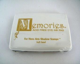 Brand NEW Memories Ink Pad Destash