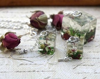 Dainty necklace Charm necklace Terrarium necklace Dangle earrings Nature jewelry Flower earrings Bohemian necklace Floral earrings nature