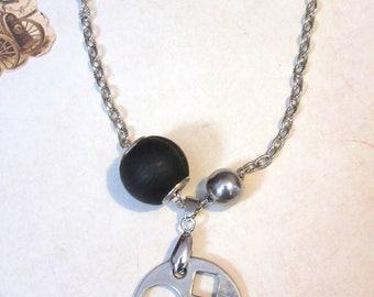 Necklace Aléide.   Industrial Urbain Style.  Tx included