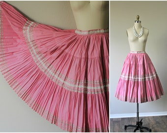Vintage 50s Pink Silver Metallic Rick Rack Patio Squaw Cotton Circle Skirt Rockabilly Pinup  // Modern Size Small 4 6 // Pinup Girl