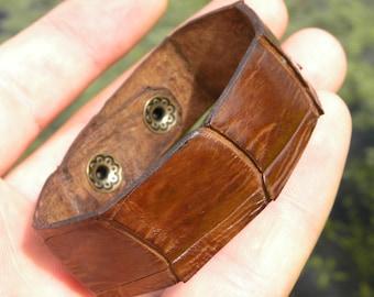 Genuine brown  Alligator leather skin hide cuff bracelet bangle  ketoh wristband customize to wrist size nice for Biker Rock star