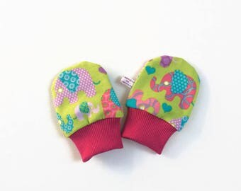 Green baby scratch mitts with elephants. Mittens with cuffs. Shower gift. Knit fabric. No scratch mitts. Pink, purple, blue elephants