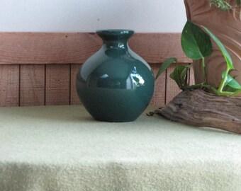 Green Haeger Bud Vase or Urn Vintage Planters and Flower Pots Hunters Green Round Florist Ware