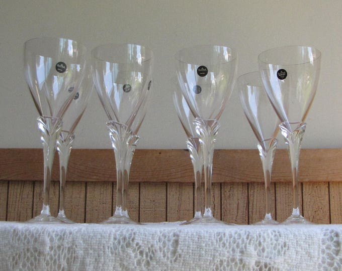 Rosenthal Wine Glasses Calice Pattern Wineglasses Vintage Barware Set of Eight (8) Wine Glasses
