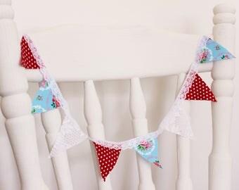 Mini shelf bunting, Shelf bunting, Small bunting, Wall decor, Shelf decor, Room decor, Kitchen decor, Wedding decor, Nursery decor, Gift
