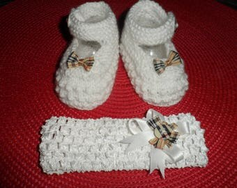 Slippers + reborn or baby headband (0-3 months)