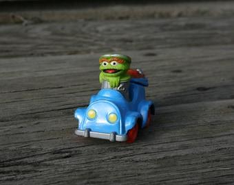 Playskool Oscar the Grouch Metal Die Cast Car Garbage Truck Trash Can 1987 1980s Muppets Sesame Street Toys Jim Henson