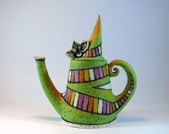 teapot - ceramic teapot - decorative  teapot - green teapot - teapot with flowers