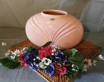 Vintage pink Royal Haeger vase