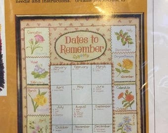 ON SALE Crewel Embroidery Kit, The Creative Circle Needlework Kit 1006, Dates To Remember, Vintage Embroidery Kit, Flowers of the Month, Nee
