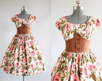Vintage 1950s Dress / 50s Cotton Dress / California Cottons Pink and Brown Rose Print Dress S/M