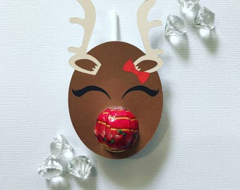 Sleepy reindeer lollipop holders with bow