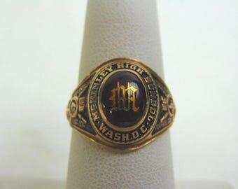 Vintage Estate 10K Gold 1968 McKinley High School Class Ring, 6.2g E3799