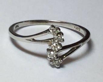 Estate 14k White Gold Journey Diamond Petite Ring Size 6.75