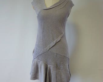 Special price. Summer asymmetrical dove coloured linen top, M size.