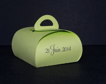 Box dragees lime green box