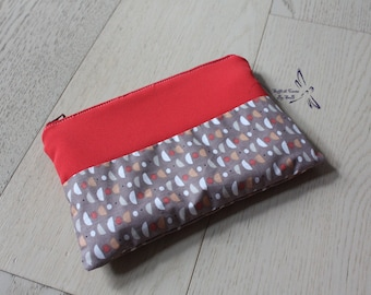 Two-tone pouch case