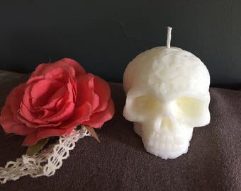 Skull Candle / gift for him / gift for her / Halloween