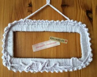 Petit cadre rectangle en coton crocheté mains, couleur parme, décoration cross stitch ou photos