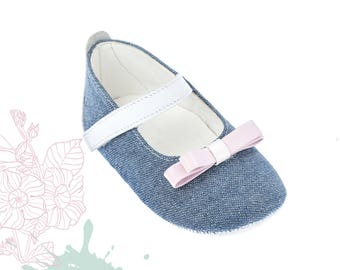 Crib girl shoes Leather new born shoes Baby girl shoes Unique newborn gift Baby shoes denim Baby gift infant shoes 1 2 3 4 US EU 17066025A