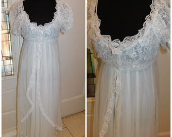 Vintage White Nightgown Robe Peignoir Bridal Set Size Small Lace Chiffon by Delicates