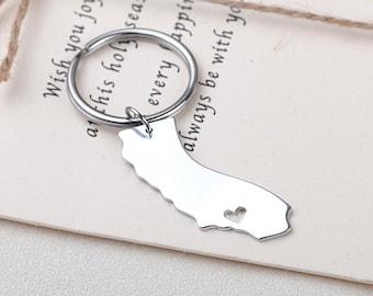 I heart California keychain - California keyring - State Charm - Map Jewelry - Map keychain