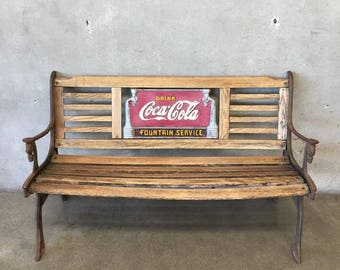 Vintage Coca Cola Bench (Q7XNLH)