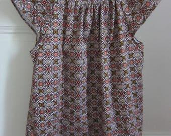woman graphic flower pattern cotton blouse