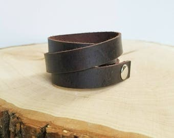"Leather wrap cuff bracelet, simple cuff, snap leather bracelet, dark brown 5/8"", choose size"