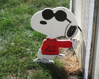 Peanuts Joe Cool Snoopy Yard Sign