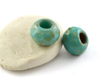 2 large PT0093 turquoise Czech glass beads